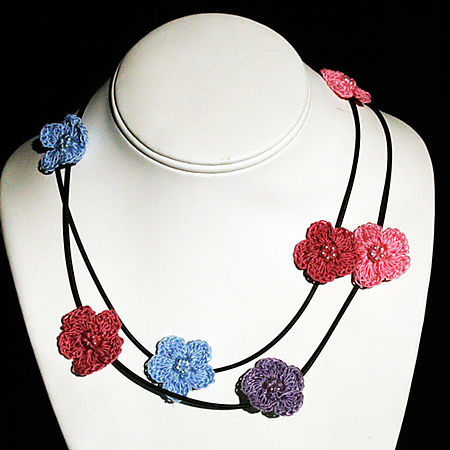 CrochetFlowerNecklace
