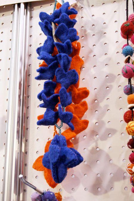 Orangebluenecklace