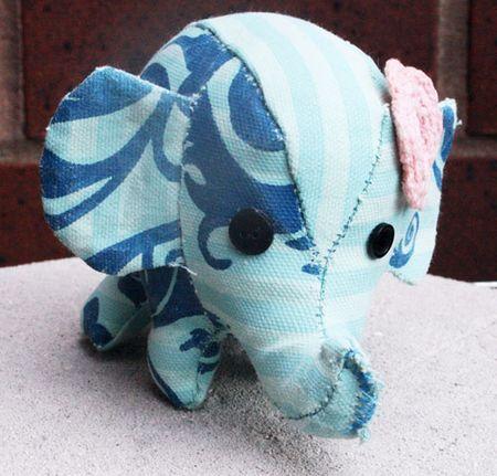 Elephant-front-sm