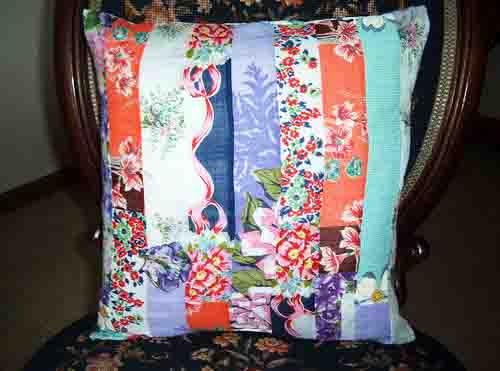 SueSwanson-pillow