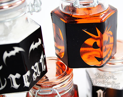 from the Balzer Designs Blog: Spooktacular Mason Jars for Halloween