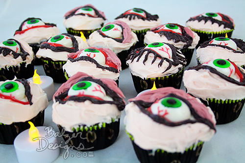 from the Balzer Designs Blog: Happy Halloween: Spooky Cupcake Treats!