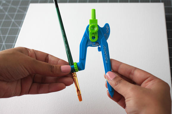 Replacing-compass-with-pencil_width579